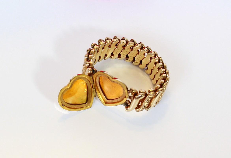 D F Briggs Company Sweetheart Adjule Bracelets Were 12k Gold Filled