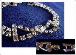 Signed Smart Set crystal bow bracelet