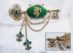c.1900-1920 Guilloche Green Enamel and Gold Brooch