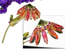 Vintage Juliana rhinestone brooch