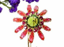 A large navette flower brooch