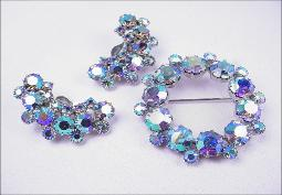 WEISS BROOCH AND EARRING SET DEMI PARURE
