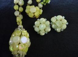 Yellow Babbles Vintage Necklace and Earrings | Lg Oval Front Button Calsp and Ears