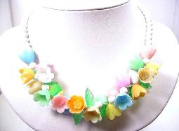Contemporary and light weight, a pretty flower necklace