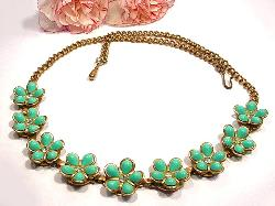 Summery Vintage Thermoset Flower Necklace