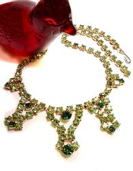 Unsigned vintage emerald green and peridot Rhinestone Necklace