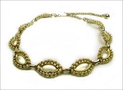 Textured oval links gold vintage costume jewelry