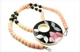 Mother of pearl heavily made vintage necklace