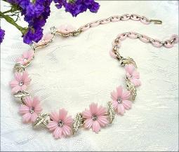 Darling pink plastic florals with rs centers, vintage floral necklace and plastic chain