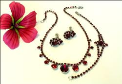 FIRE RED VINTAGE JEWELRY PARURE SET