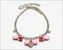 Crystals Pinks and Reds with silvertone, colorful rhinestone vintage necklace
