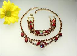 Vintage Juliana Necklace Set in reds, you can't get better than this
