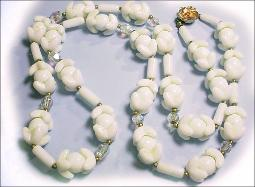 Antique jewelry milkglass necklace
